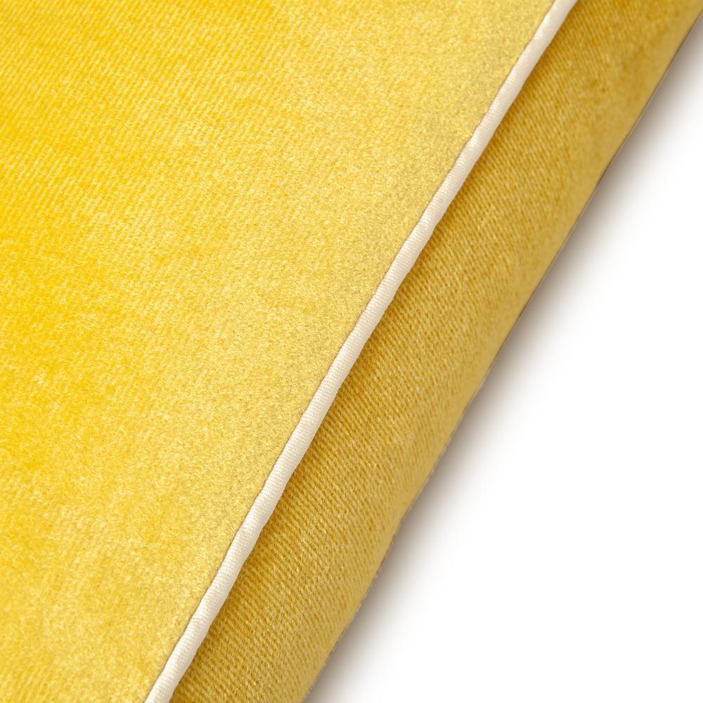 Cynthia Kadife Kırlent 43x43 cm - Limon Sarısı