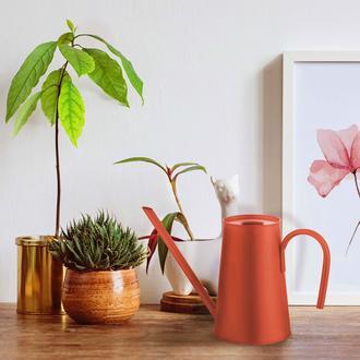 The Mia Çiçek Sulama Kabı 2,5 Litre - Kırmızı
